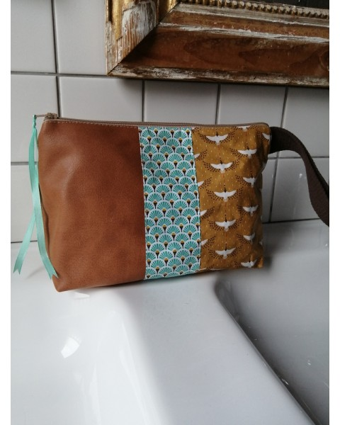 Trousse de toilette Marron...